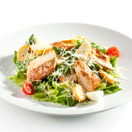Grilled chicken breast, lettuce, green bell peppers, mushrooms, olives, tomatoes & cheese