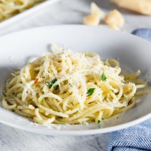 Delicious pasta covered in silky garlic oil